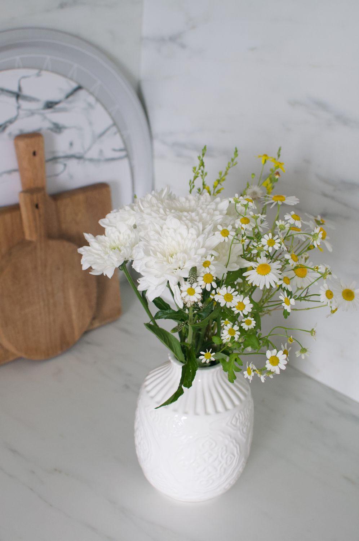 kytica lucne kvety biela